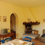 Farm Holidays La Baghera - La Baghera Alta - Balilla Apartment - Living Room